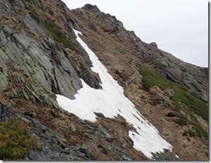 北岳山荘~八本歯のコル残雪状況