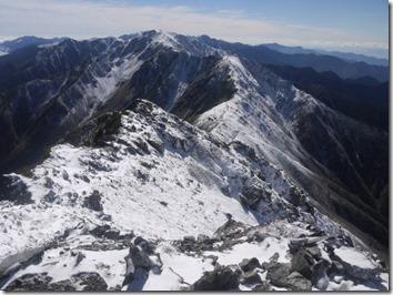 北岳山頂から間ノ岳